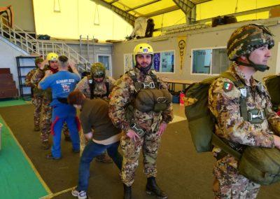 4 anpdi paracadutistigenova addestramento reggio emilia 15 aprile 2018