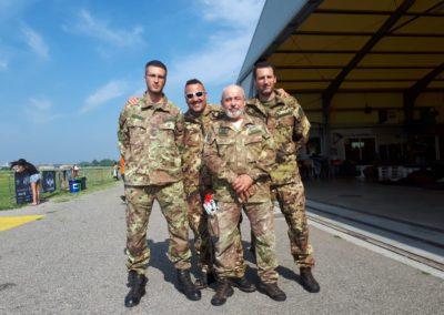 02 anpdi paracadutistigenova lanci addestramento Reggio Emilia 22-07-18