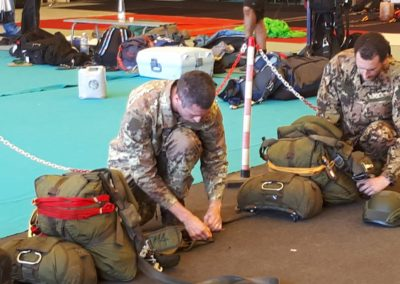 03 anpdi paracadutistigenova lanci addestramento Reggio Emilia 22-07-18