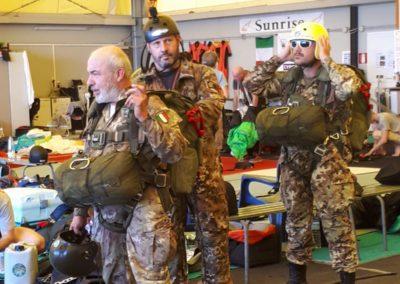 04 anpdi paracadutistigenova lanci addestramento Reggio Emilia 22-07-18