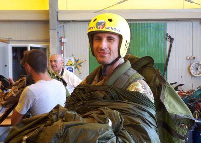 09 anpdi paracadutistigenova lanci addestramento Reggio Emilia 22-07-18