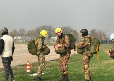 23 paracadutisti anpdi genova brevetto 114esimo corso Reggio 02-12-18
